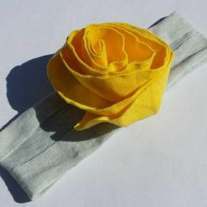 Other - NEW baby toddler yellow flower headband